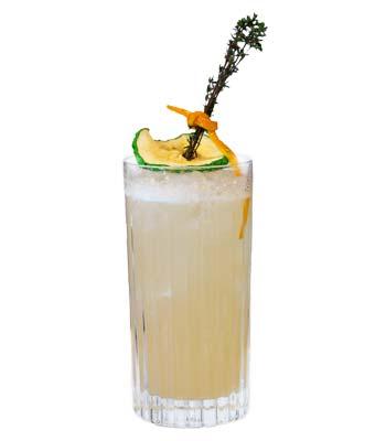 foto di un cocktail con il liquore al bergamotto calabro