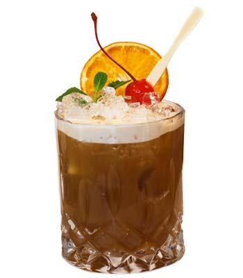foto di un cocktail con il liquore alla liquirizia calabro