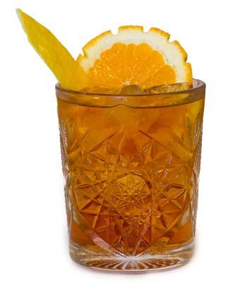 foto di un cocktail con l´amaro calabro