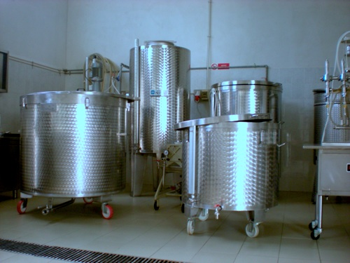 macerazione e stoccaggio agrumi per liquori