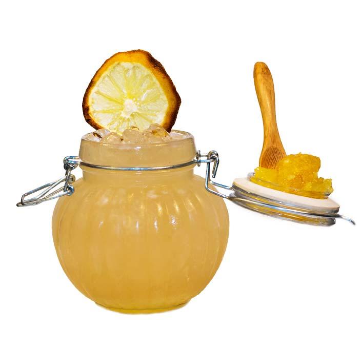 un cocktail preparato con Liquore di bergamotto calabro liquori